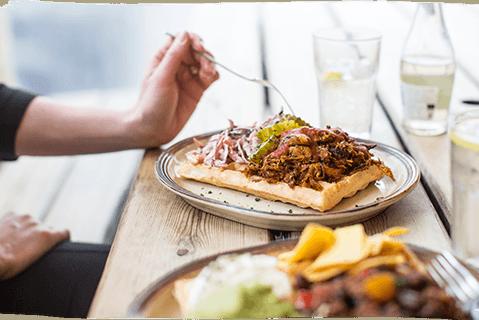 Pulled pork waffle
